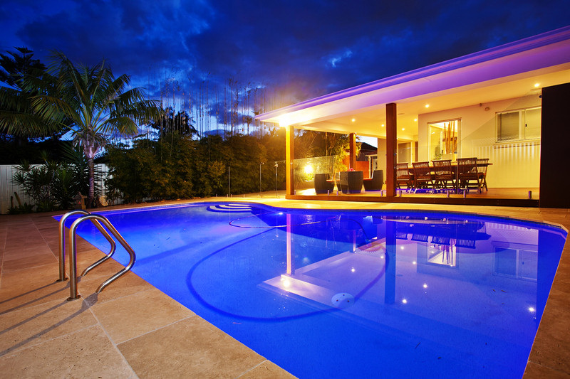 Led Pool Lighting Led Vs Halogen