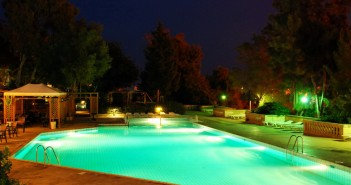 Lighted_Pool2