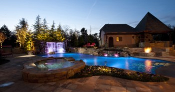 Nicely_lit_pool_and_surroundings_1