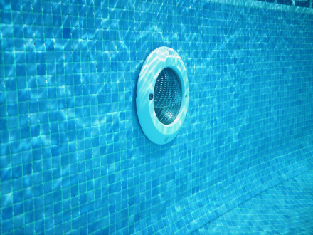 9 Types Of Pool Lights Choose The Right Light For Your Pool