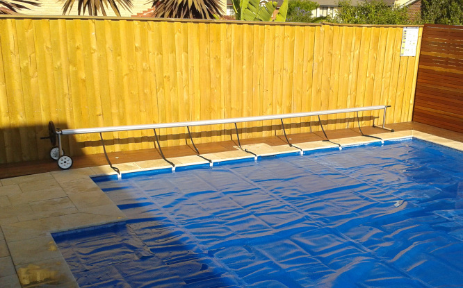 Pool Cover Roller - Which Type Do You Need?